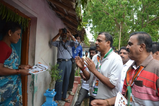Manjunath-Bhandary-Election-Campaign-2014-27