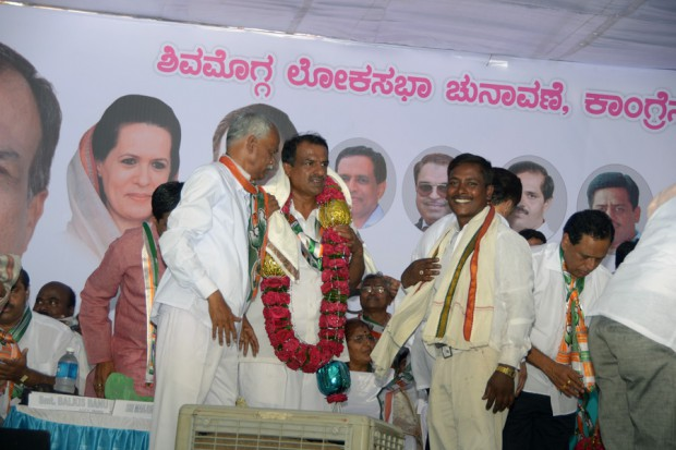 Manjunath-Bhandary-Election-Campaign-2014-39