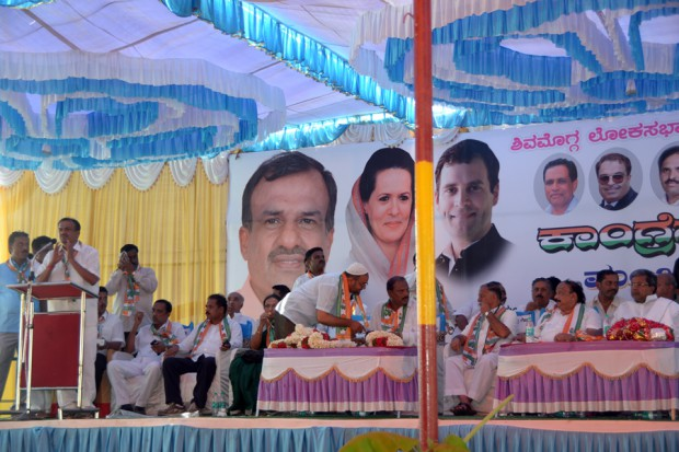 Manjunath-Bhandary-Election-Campaign-2014-40